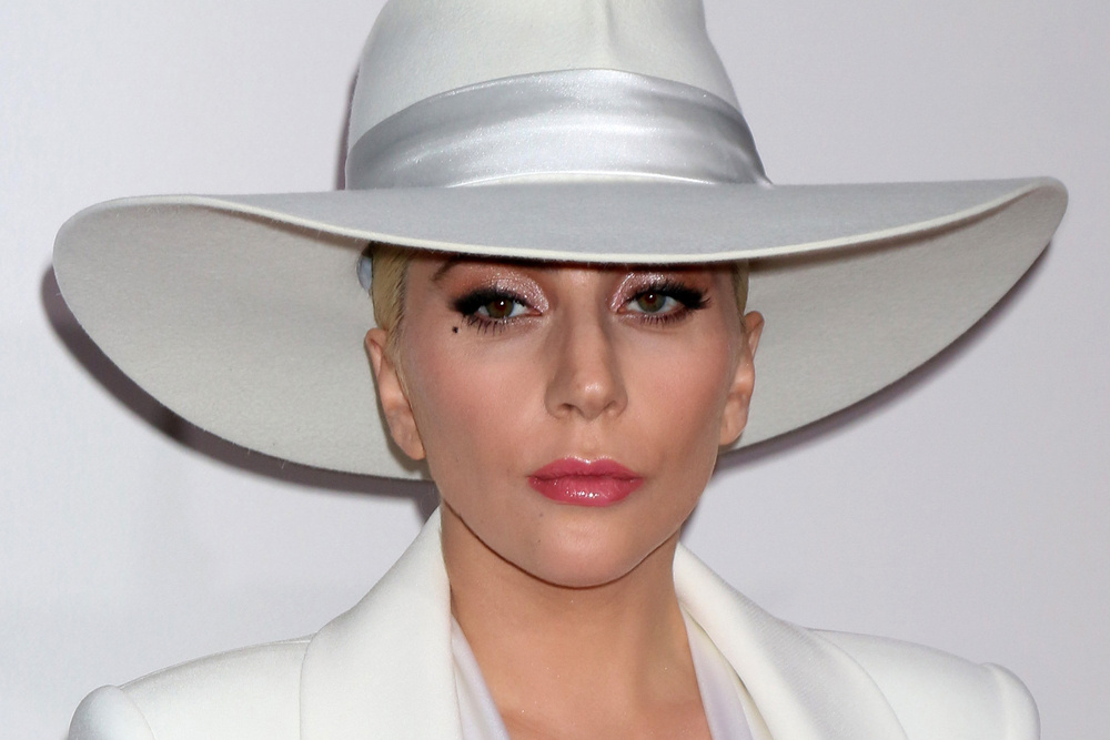 Lady Gaga Gave Her Dad a Box of Oreos as His Father's Day Present, and Honestly What Could Be Better?