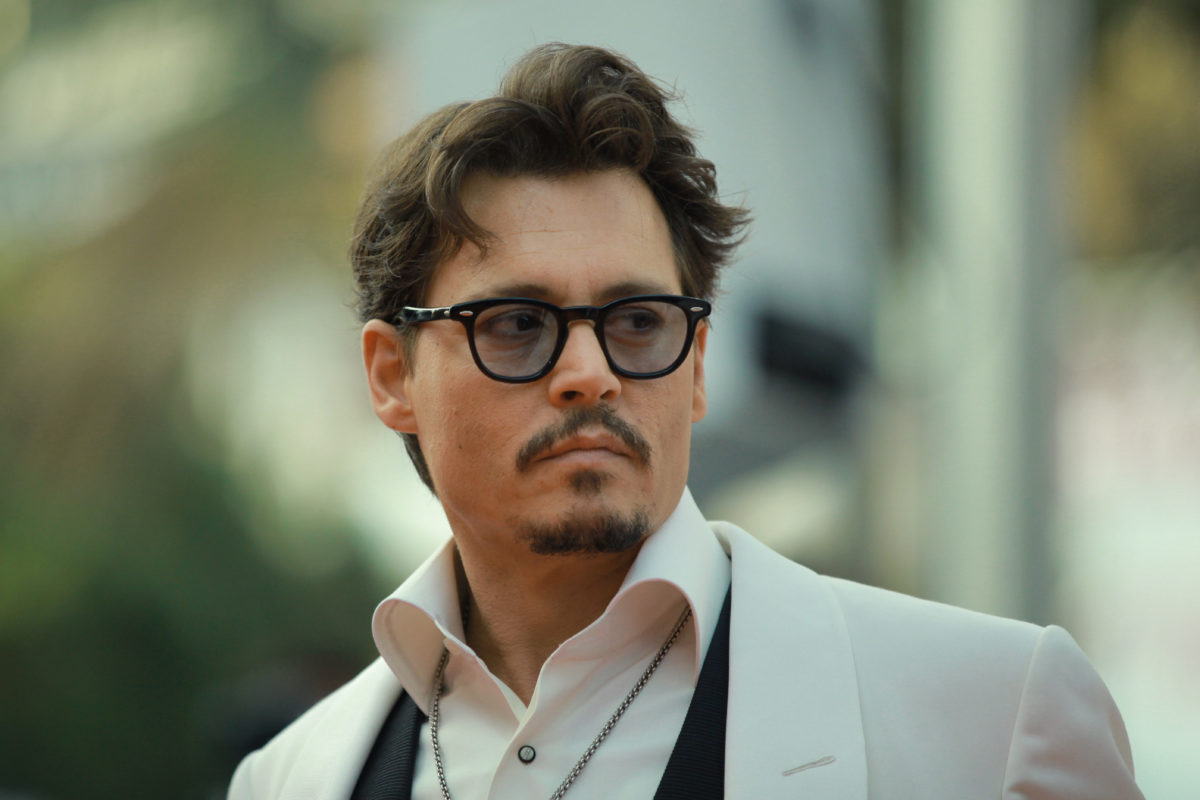 johnny depp admits he gave his daughter weed at the age of 13 so her first time was safe | parenting questions | mamas uncut shutterstock 377356300