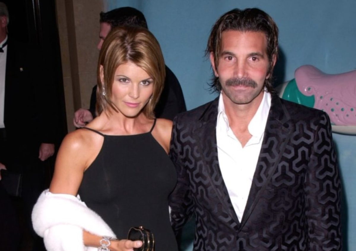 Lori Loughlin And Mossimo Giannulli Sentenced In Scandal