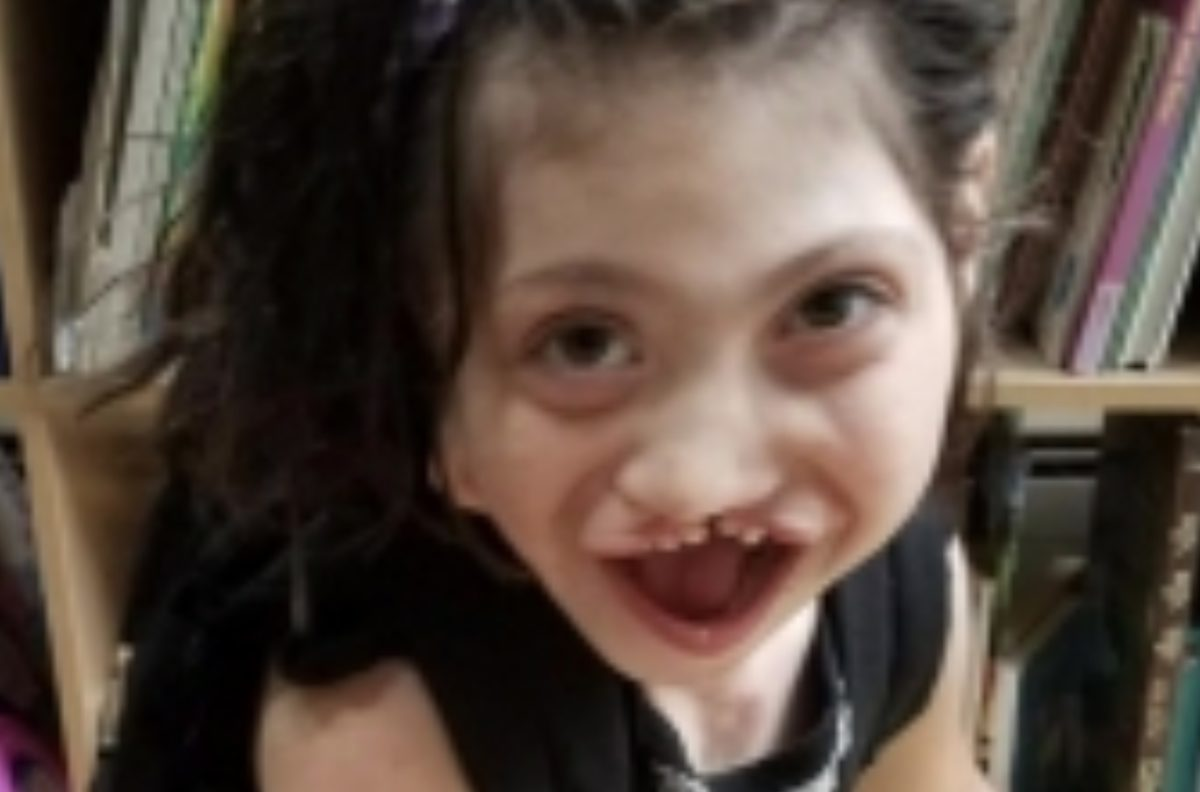 Eight-Year-Old Who Was Adopted After Her Surrogate Mom Wouldn't Abort Her Passes Away Just After 8th Birthday