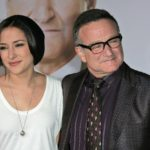 Robin Williams' Daughter Zelda Says She Feels Like A 'Roadside Memorial' On Anniversary Of Father's Death