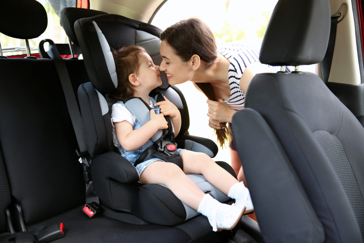 Parents Debate Whether or Not It Is Acceptable to Leave Their Kids in Their Car During Errands to Protect Them From COVID