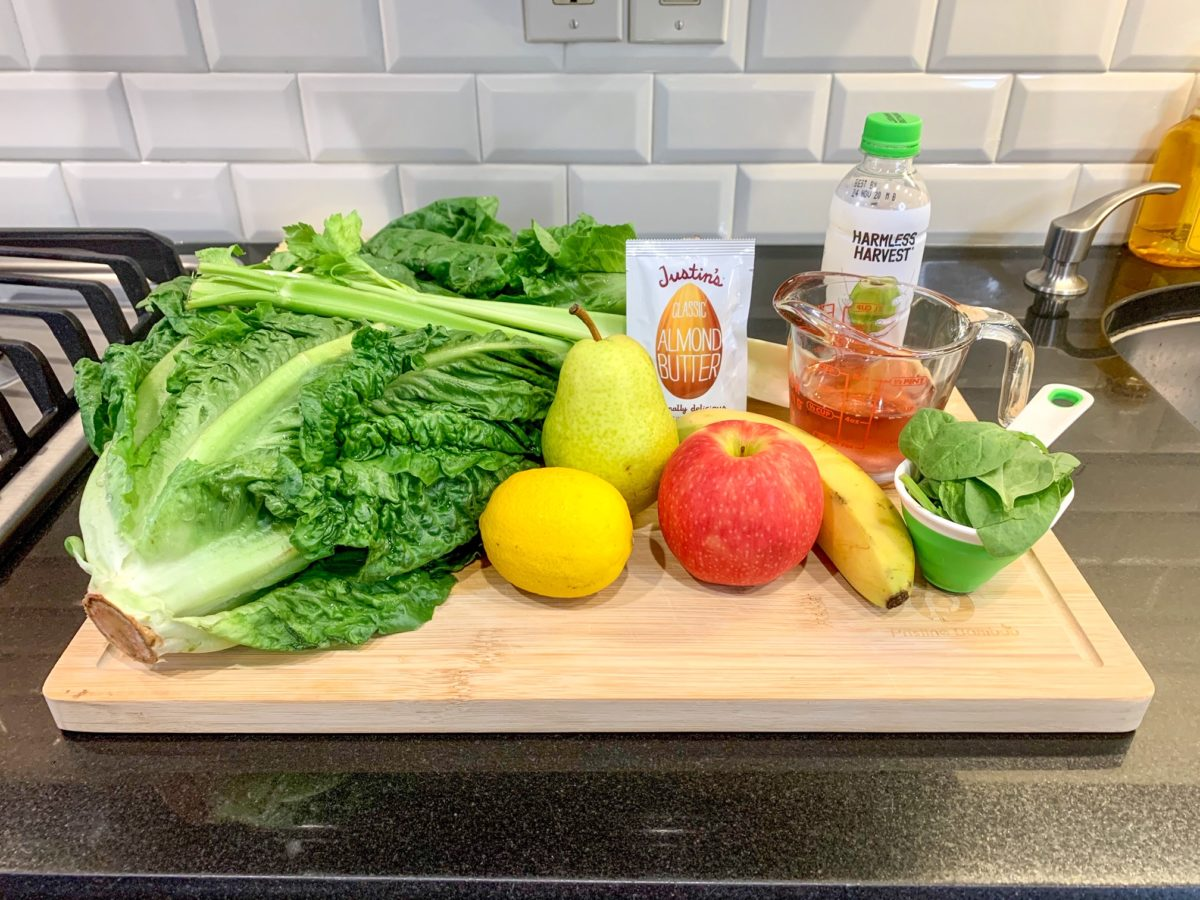 ingredients for reese witherspoon's healthy green smoothie she drinks every day