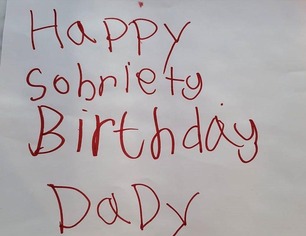 Kristen Bell Reveals Dax Shepard's Sobriety Anniversary Card