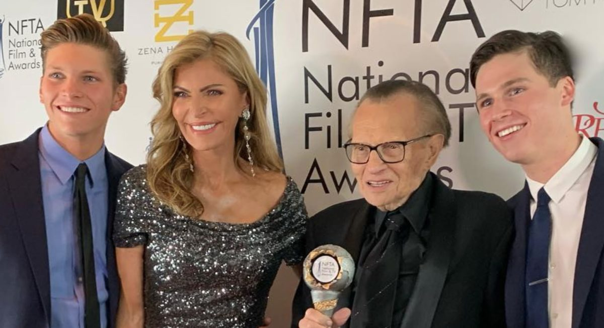 larry king's estranged wife requests $33k in spousal support