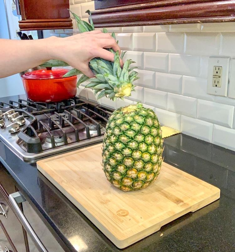 no-knife pineapple hack twist off top