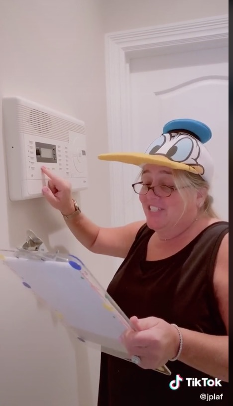 Meet 'Principal Mom' Who Creates Hilarious Morning Announcements in the Age of Remote Learning