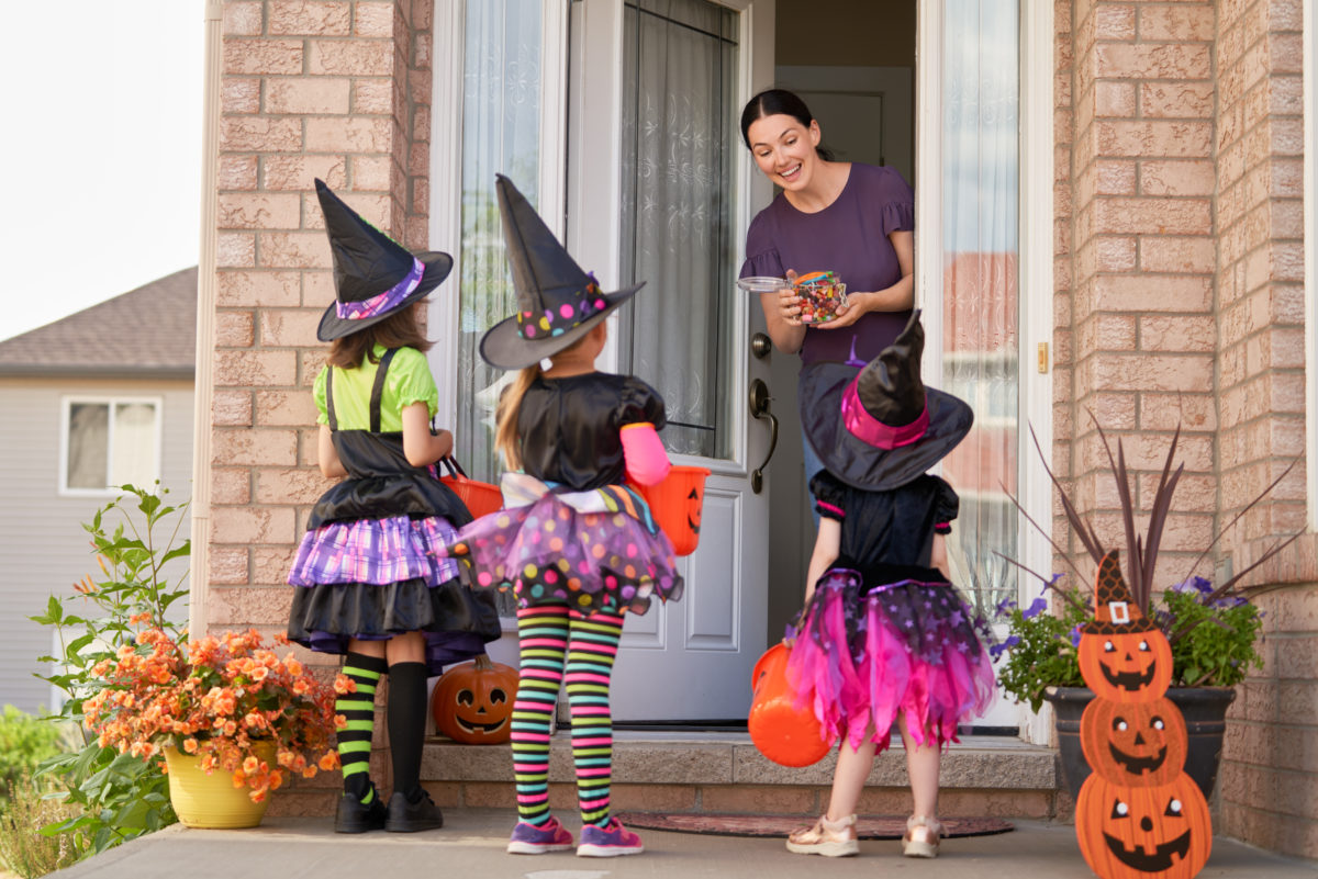 Here's How the CDC Says You Can Have a Safe Halloween and Other Creative Trick or Treat Hacks That May Have You Feeling Normal