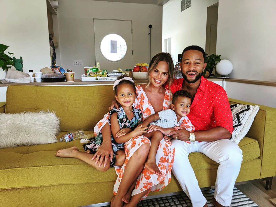 chrissy teigen's friends donated blood to honor the baby she lost | we were all heartbroken to learn that, after experiencing ongoing complications, cookbook author and twitter queen chrissy teigen lost her third child late in her pregnancy. the former model has bravely shared her grief with the world and just posted a touching thank you note to her dear friends who are showing up to honor her loss.