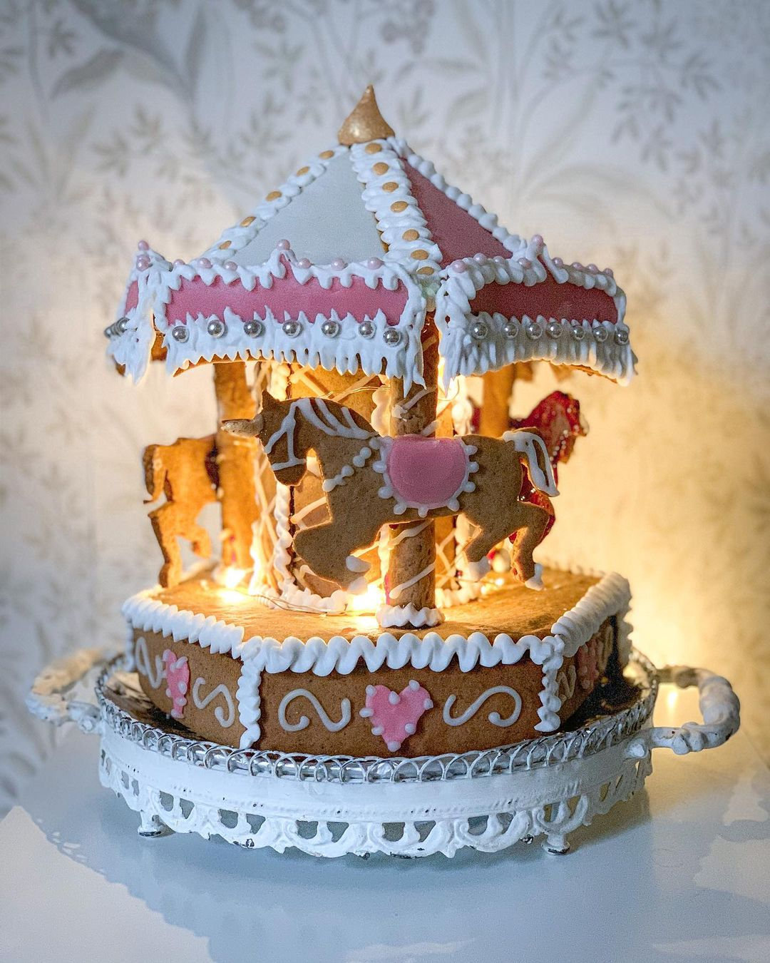 25 magical gingerbread houses to feast your eyes on