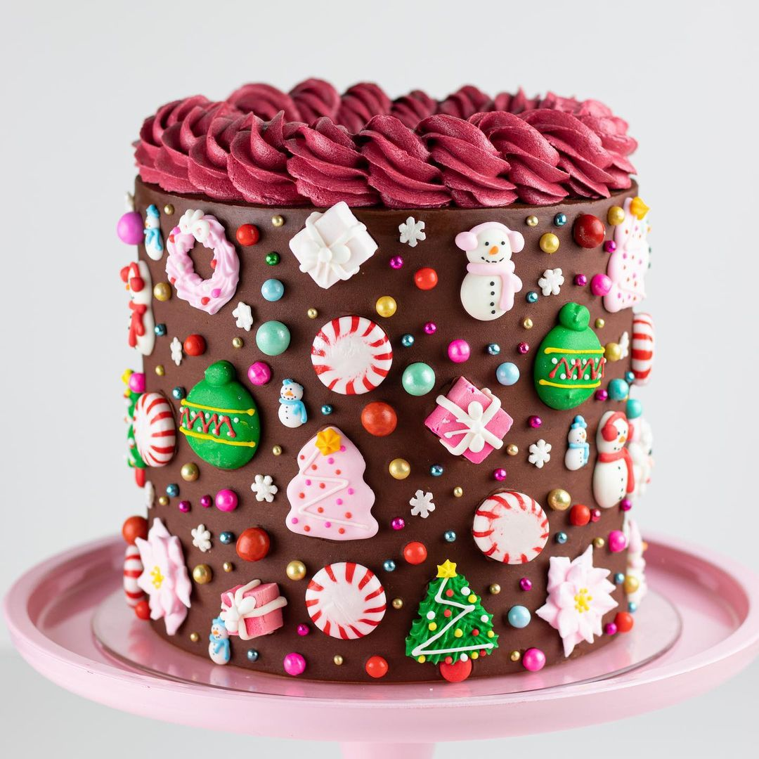 15 gorgeous christmas cakes to get you in the spirit