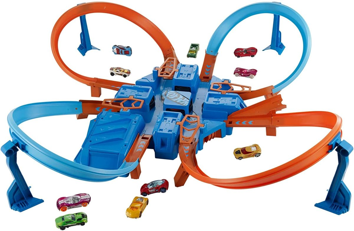 Hot Wheels Criss Cross Crash Motorized Track Set