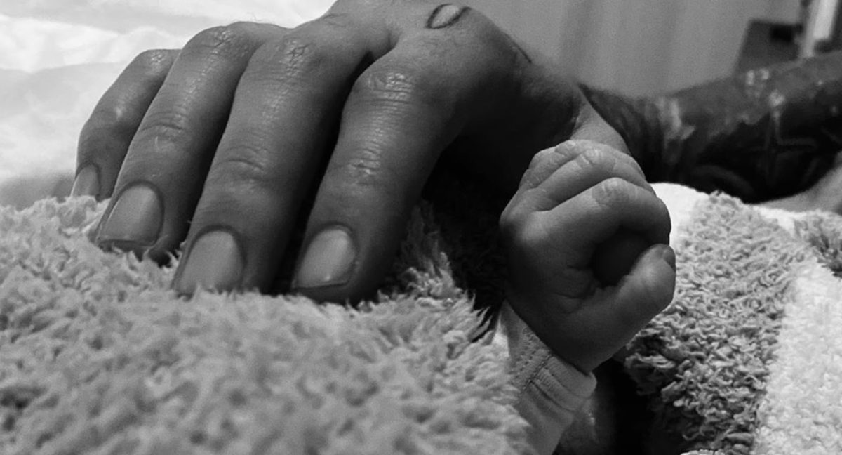 Zayn Malik And Gigi Hadid Post First Photo With Daughter