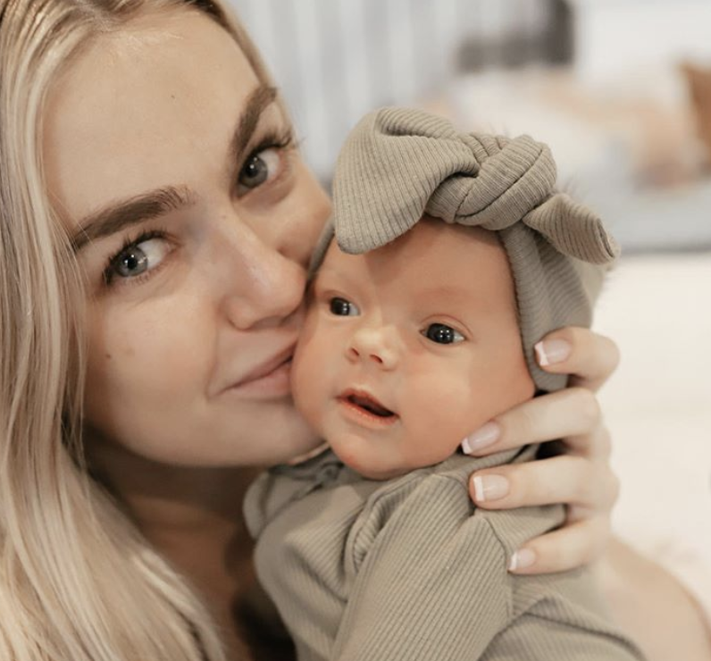 dwts' lindsay arnold gives emotional peek into her baby girl's birth