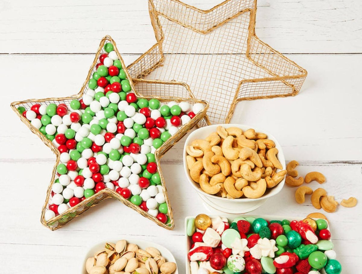 here are 15 chocolatey, saucey, delicious gifts you can give during the holidays | fifteen snack boxes, gift baskets, and cookie crates you can send to someone just about anywhere for the ultimate merry christmas.