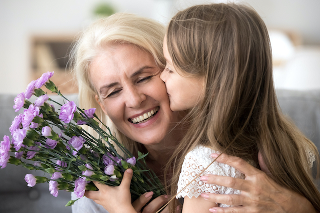mom refuses to punish daughter for biting mother-in-law who forced hugs & kisses