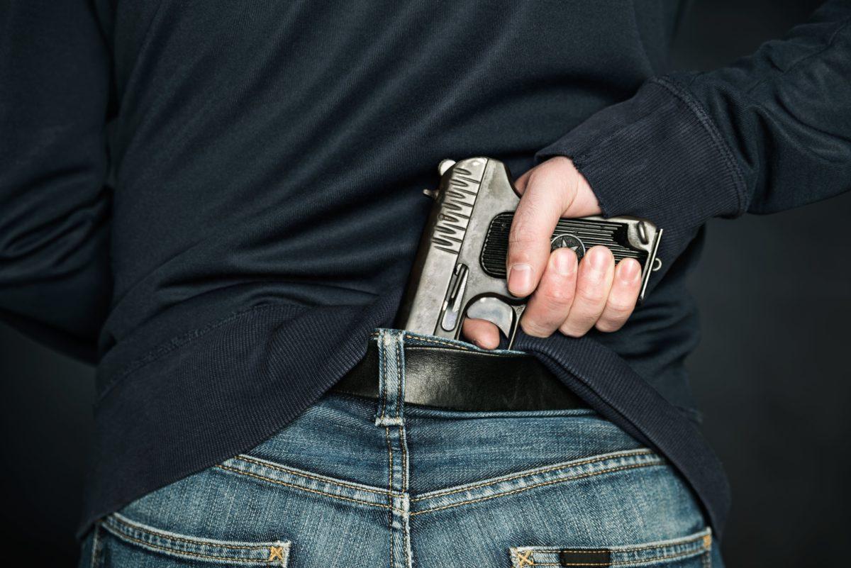 stepdad murders wife, stepdaughter, turns gun on himself