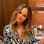Chrissy Teigen Defends Meghan Markle After Rude Twitter Troll Comment