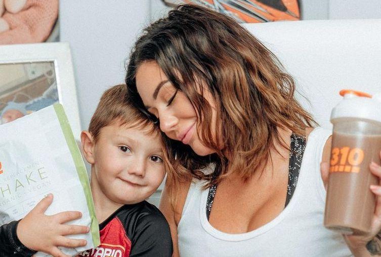 jwoww celebrates her son's progress