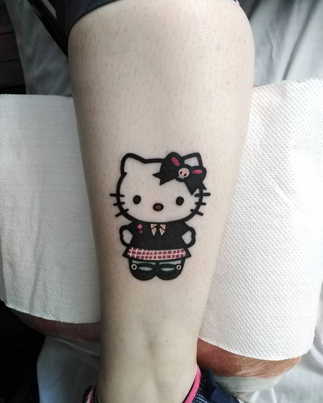 25 kawaii hello kitty! tattoos that will steal your heart