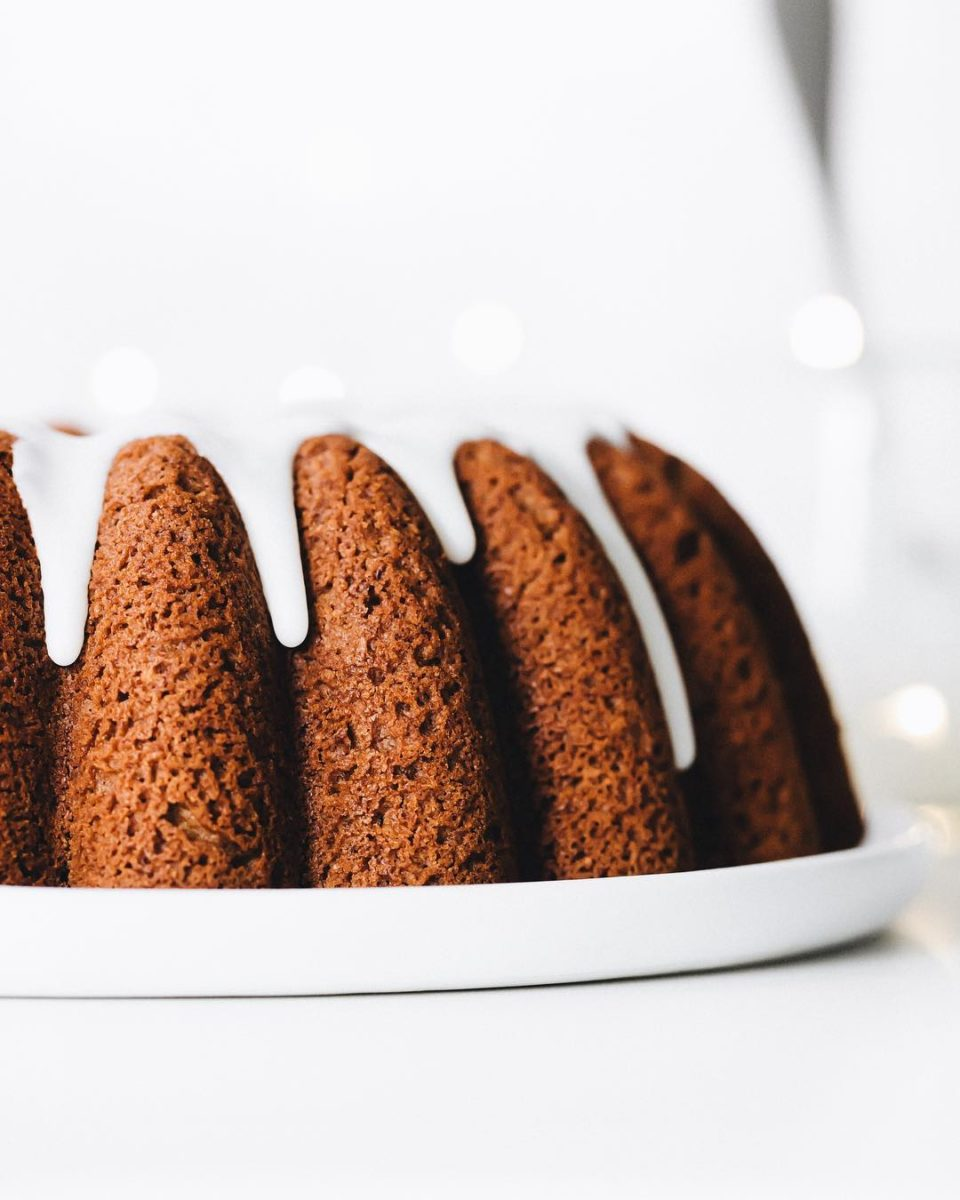 30 blender recipes that aren't smoothies gingerbread bundt cake