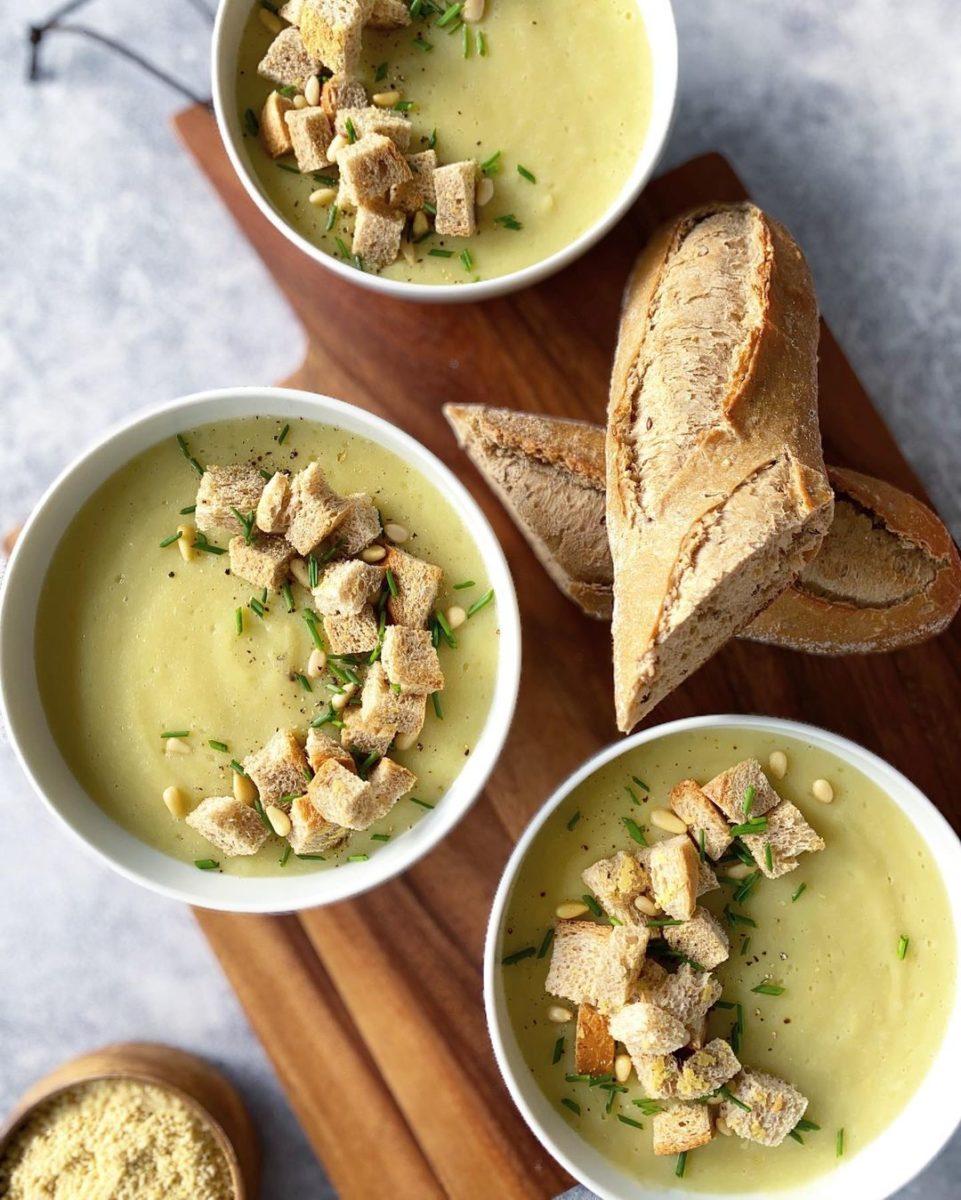 30 blender recipes that aren't smoothies potato leek and cauliflower soup