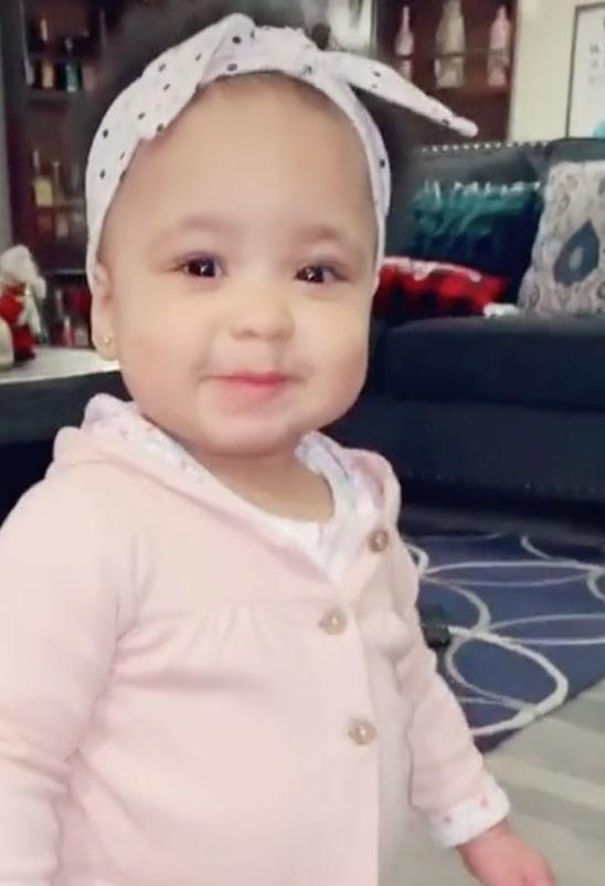social media slams mom for 'abusive' baby food she creates