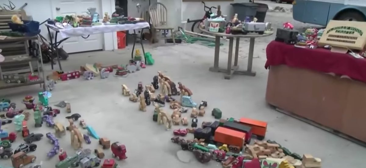 couple creates and donates thousands of toys to children