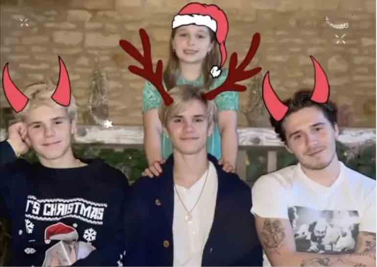 victoria beckham hilariously struggles to get family holiday photo