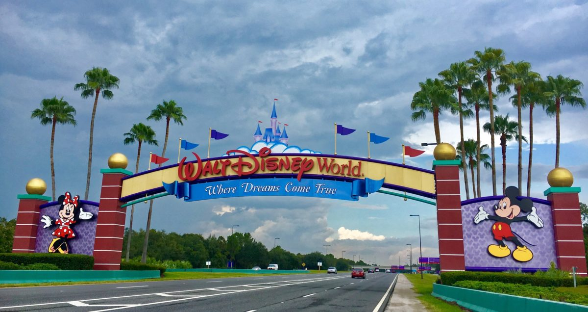 mom asks if she should take covid-positive kid to disney
