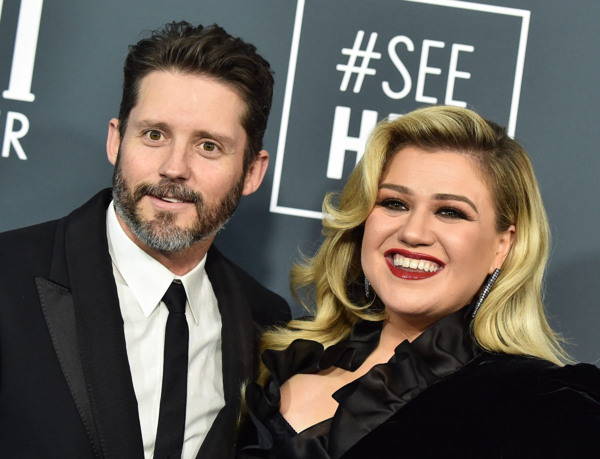 Kelly Clarkson Says Ex Committed Fraud For Over A Decade