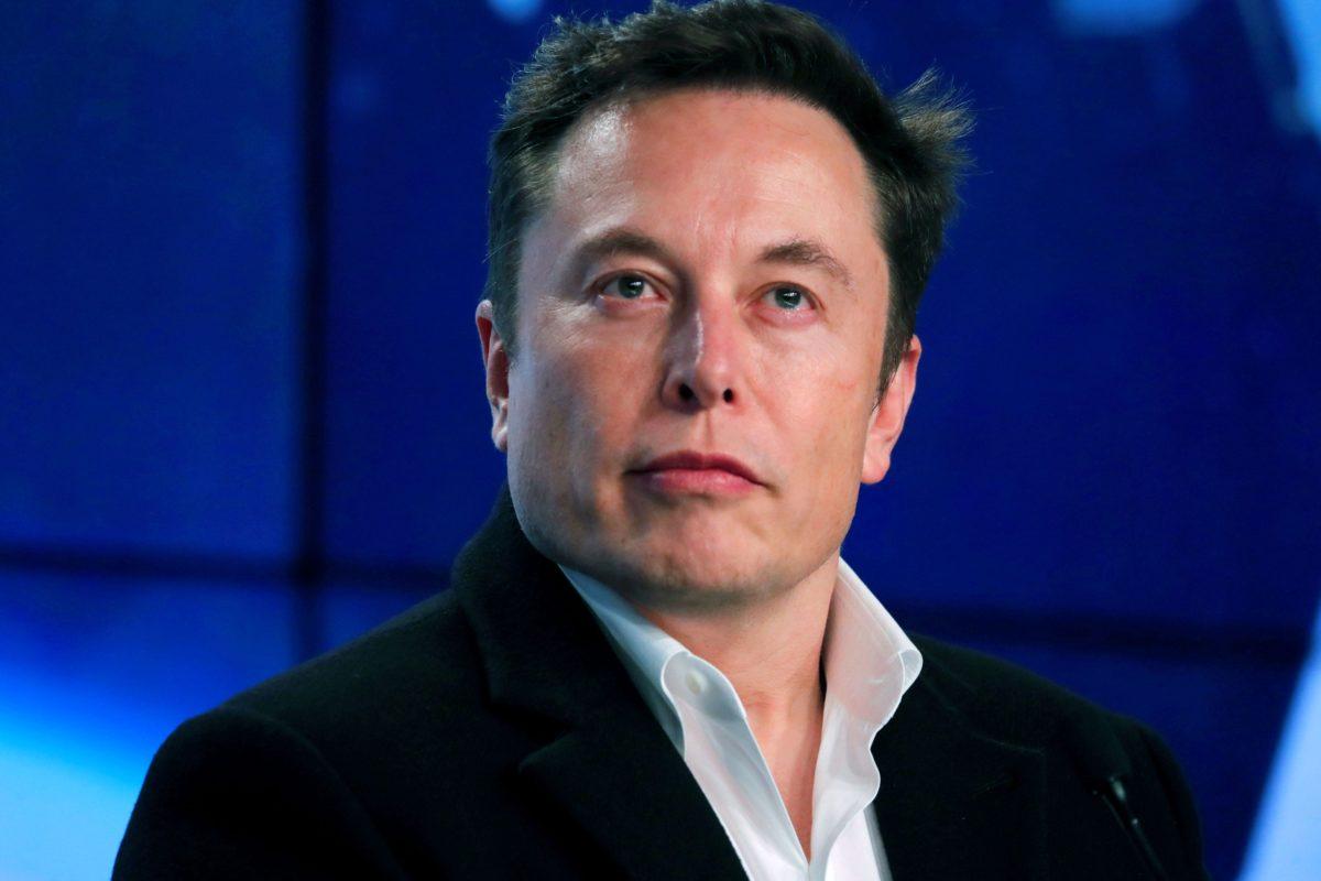 Elon Musk Makes Ignorant Pronouns Comment, Twitter Slams Him