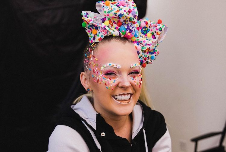 JoJo Siwa Comes Out in Veritable Social Media Blitz and Feels 'Really, Really Happy'