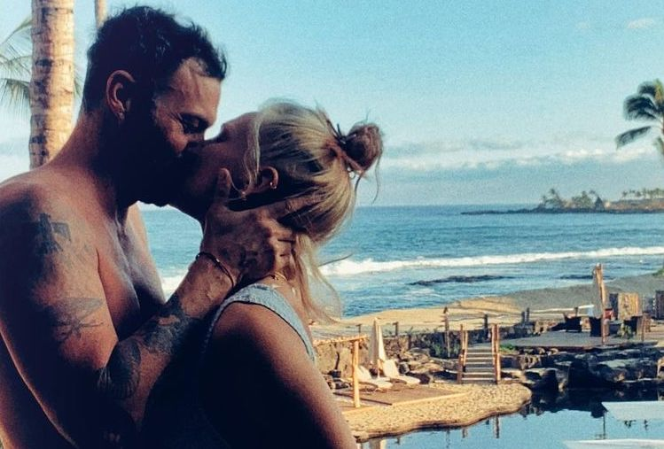 Brian Austin Green and Girlfriend are Insta Official