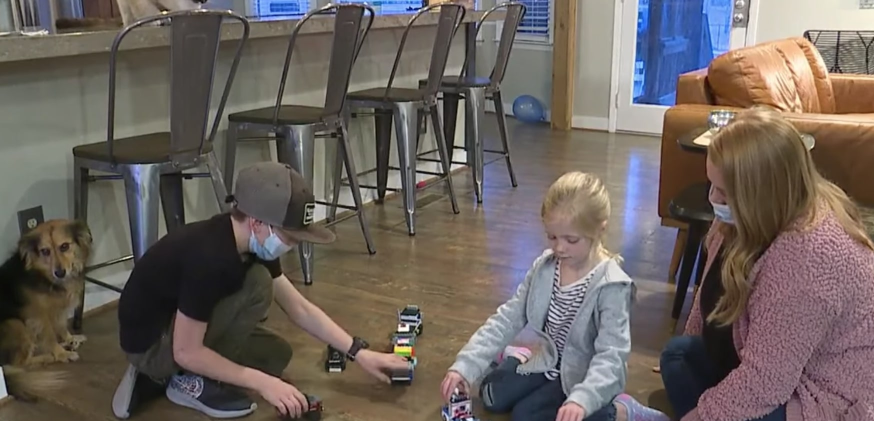 brave 9-year-old rescues kid sister from carjacking