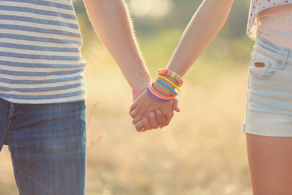 am i being too strict about my 15-year-old daughter starting to date?