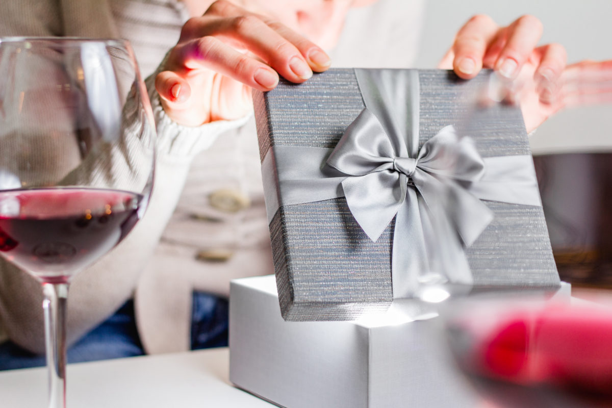 mother-in-law gives daughter-in-law a pregnancy test for the holidays   what would you do if your mother-in-law gifted you a pregnancy test for christmas? that's exactly what happened to one woman, so she took to reddit to get some feedback from the community.