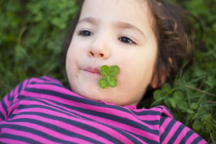 25 gender-neutral baby names with irish origins