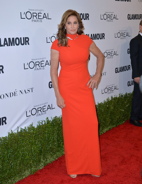 caitlyn jenner dishes on her relationship with kylie and kendall