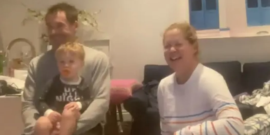 amy schumer's son's reacts to watching her on tv