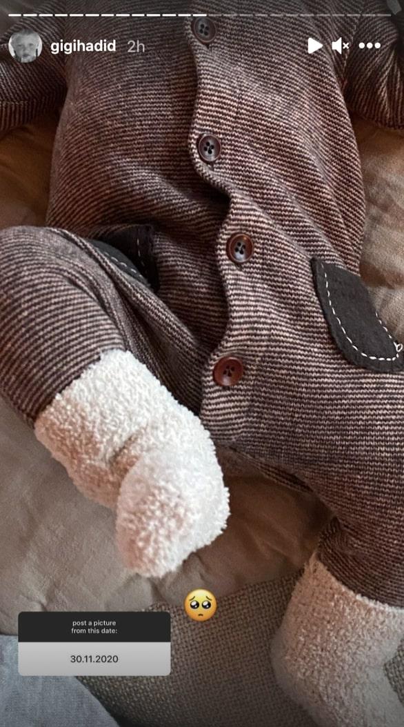 gigi hadid reveals photos of zayn, baby khai, and pregnancy