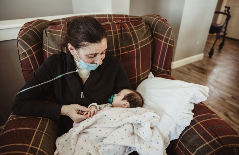 covid-19 mom who gave birth in a coma meets 3-month-old