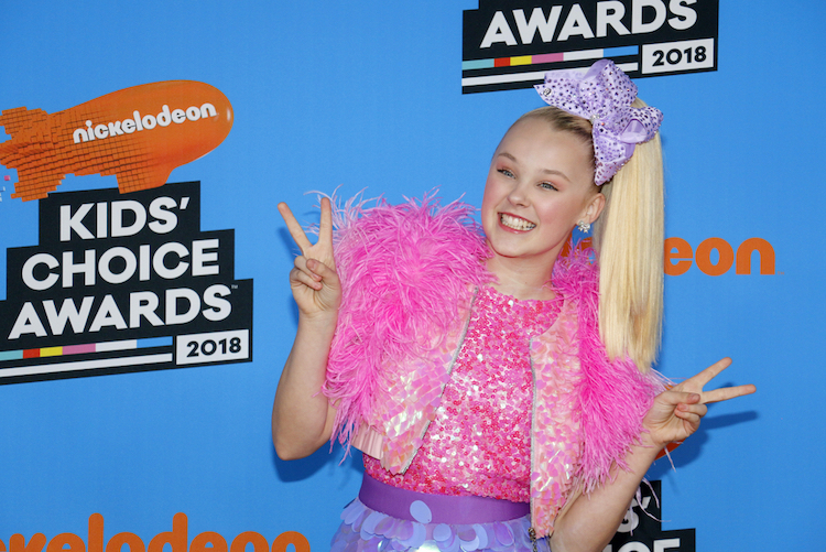 jojo siwa and kylie celebrated their first valentine's day together