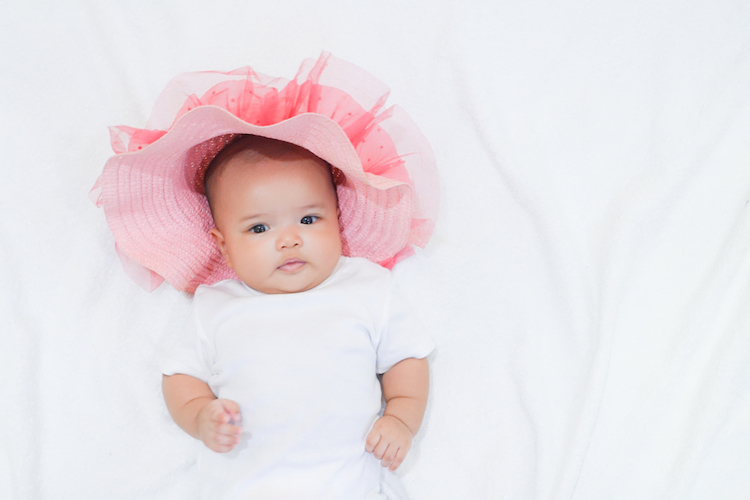 25 Grandma-Approved Old Lady Names for Baby Girls