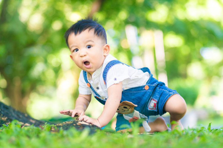 25 Backwards Baby Names for Boys With Hidden Meanings in Reverse