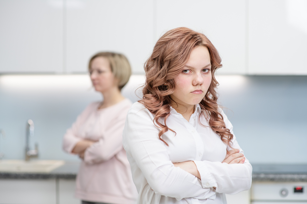 how do i tell a woman i don't know her husband is cheating... with my mom?