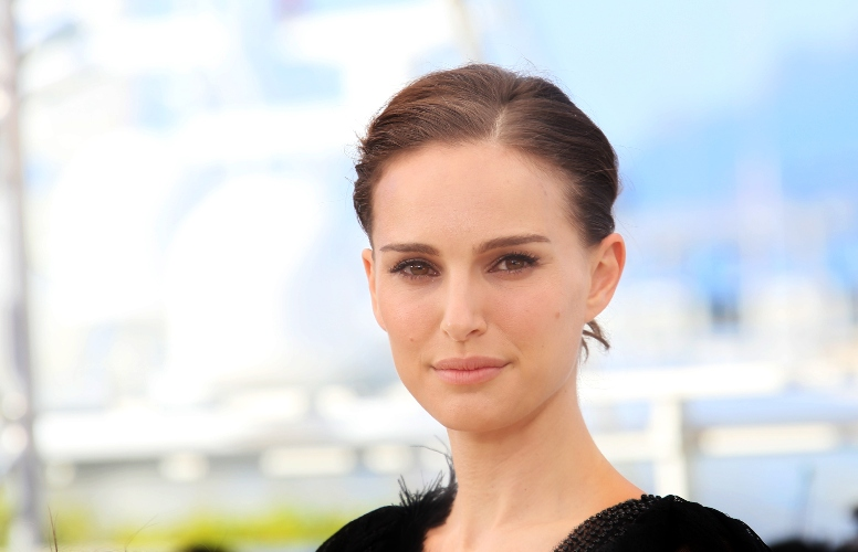 Natalie Portman Shames Tabloid For Commenting On Her Body