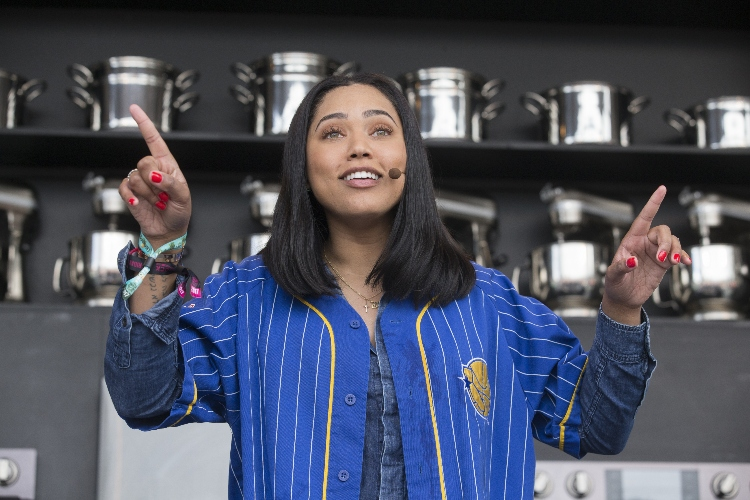 ayesha curry slams body-shaming comments after posting nude