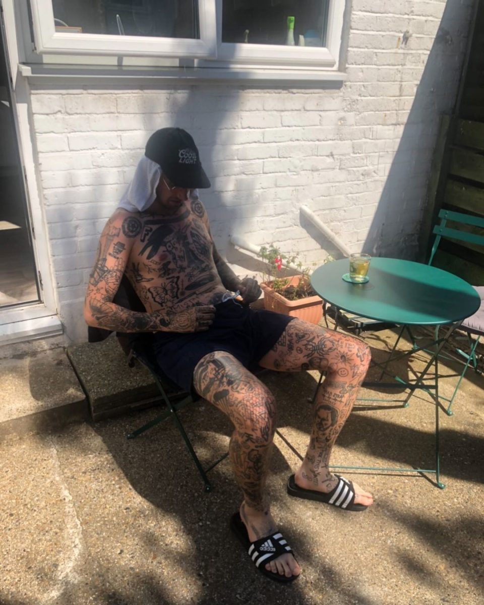meet the man who tattoos himself every day of lockdown