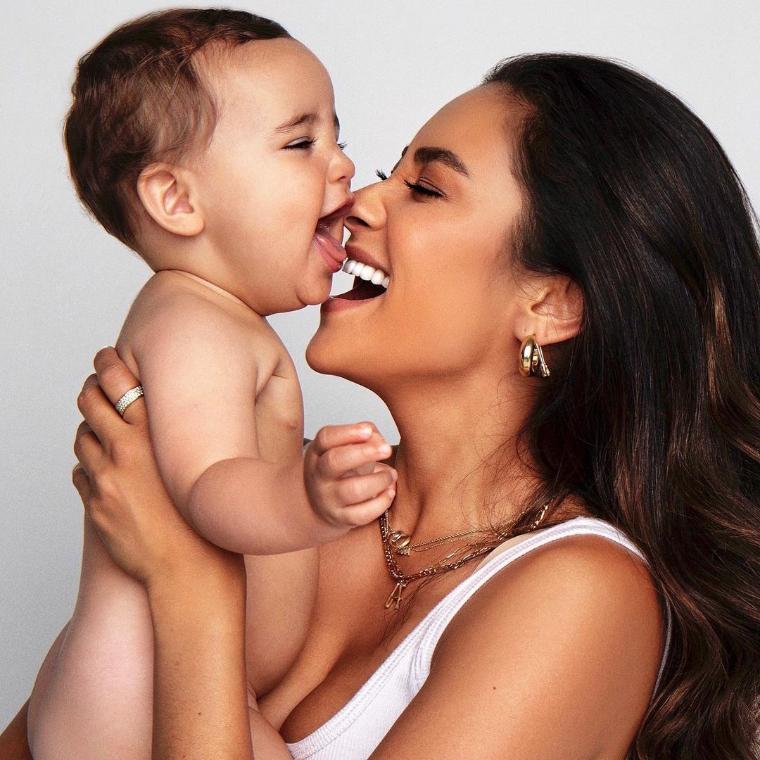 shay mitchell on prenatal depression, doesn't want pregnancy